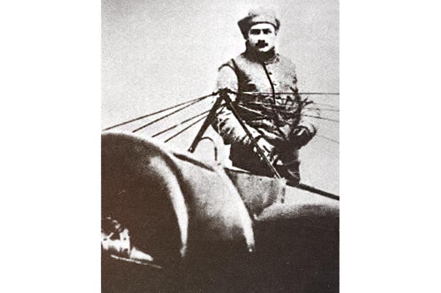 Первый летчик-истребитель Ролан Гаррос /Источник: http://pix.photone.me/ - 20 интересных фактов из истории истребителей | Военно-исторический портал Warspot.ru