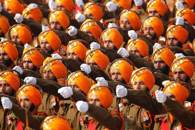 Военнослужащие ВС Индии http://army-news.ru/2011/05/indiya-protiv-pakistana/india-republic-day/ - Индия продолжает наращивать свой военный потенциал  | Военно-исторический портал Warspot.ru