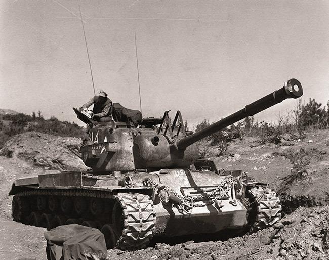 Танк M46 Patton, принадлежащий Корпусу морской пехоты США, Корея, 1953 год  Источник: en.wikipedia.org - 10 фактов о генерале Паттоне | Военно-исторический портал Warspot.ru