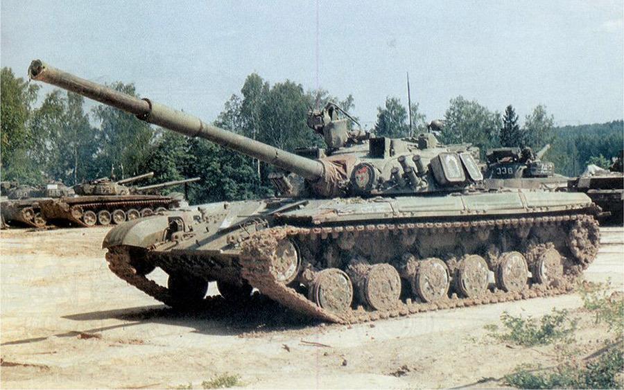 Танк Т-64Б1 Владимирского танкового учебного центра Источник — rufor.org - Самый спортивный танк в мире   Военно-исторический портал Warspot.ru