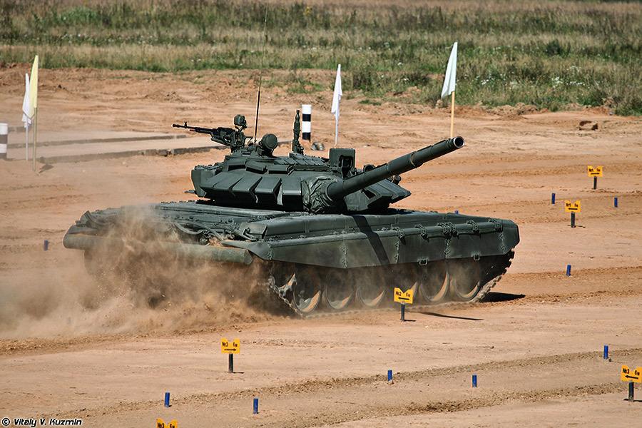 Первая демонстрация танка Т-72Б3 на соревнованиях по танковому биатлону в 2013 году Источник — haborumuveszete.hu - Самый спортивный танк в мире   Военно-исторический портал Warspot.ru