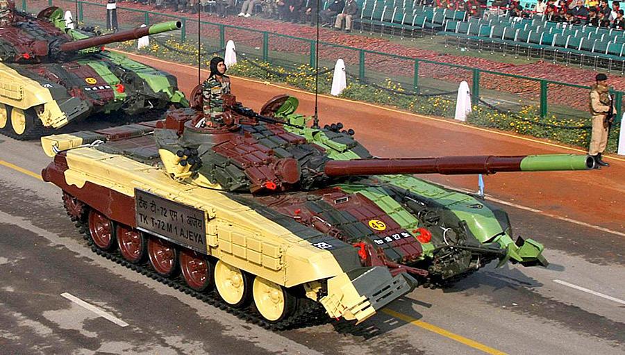 Индийские танки Т-72М1 AJEYA на параде Источник — dishmodels.ru - Самый спортивный танк в мире   Военно-исторический портал Warspot.ru