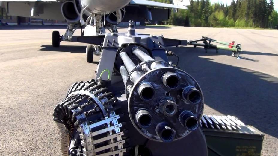 20-мм автоматическая пушка M61А1 Vulcan из состава вооружения истребителя Hornet F18 - Предыстория современных многоствольных пулеметов | Военно-исторический портал Warspot.ru