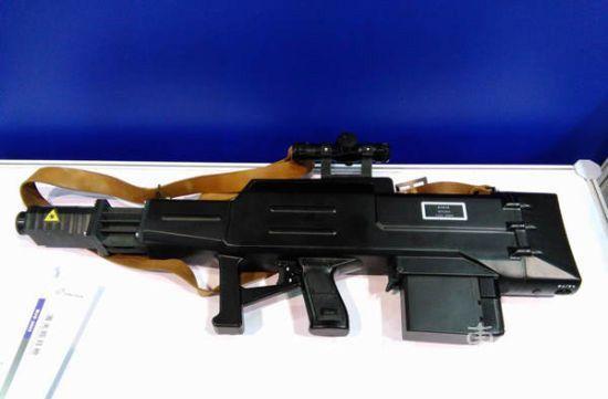 Лазерная винтовка WJG-2002 Laser Gun chinamil.com.cn - Китай вооружается лазерными винтовками | Военно-исторический портал Warspot.ru
