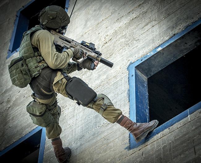 Винтовка X95 с глушителем thefirearmblog.com - Израильтяне продвигают новый американский калибр | Военно-исторический портал Warspot.ru