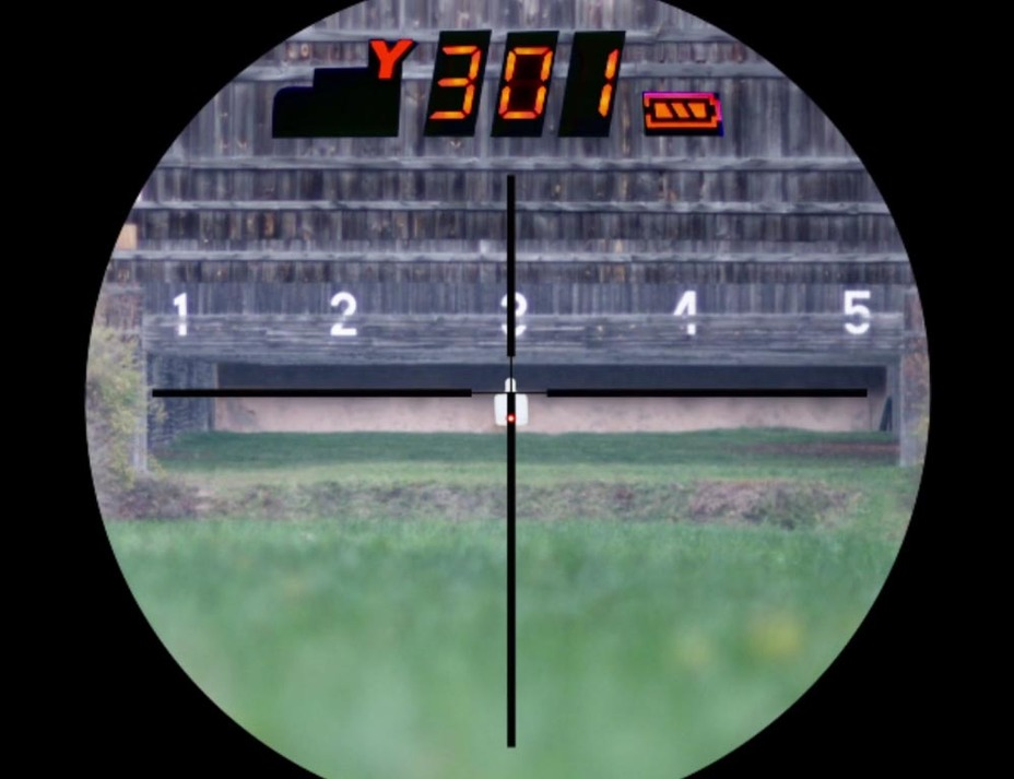 Изображение, которое видит стрелок в видоискателе Intelligent Combat Sight steiner-optics.com - Steiner выпустил «умный»прицел с дальномером | Военно-исторический портал Warspot.ru