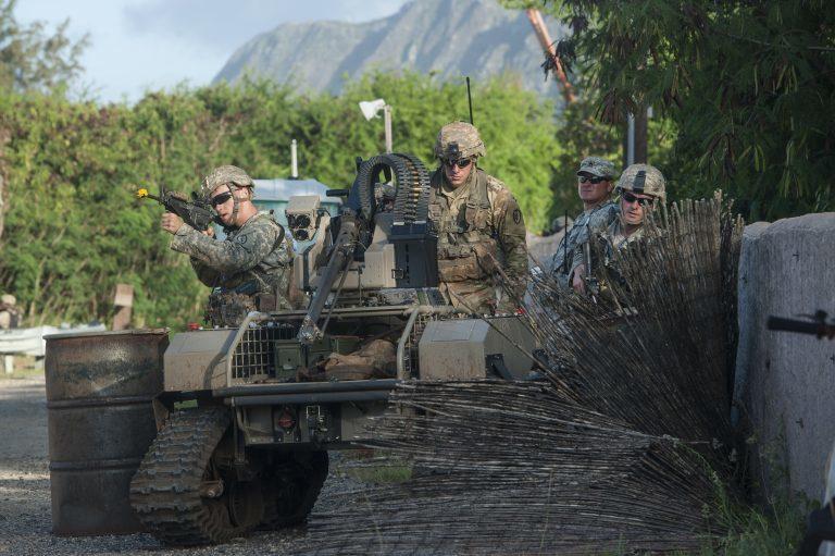 Боевой робот, созданный в рамках программы PACMAN-I breakingdefense.com - Американские морпехи испытали технику будущего | Военно-исторический портал Warspot.ru
