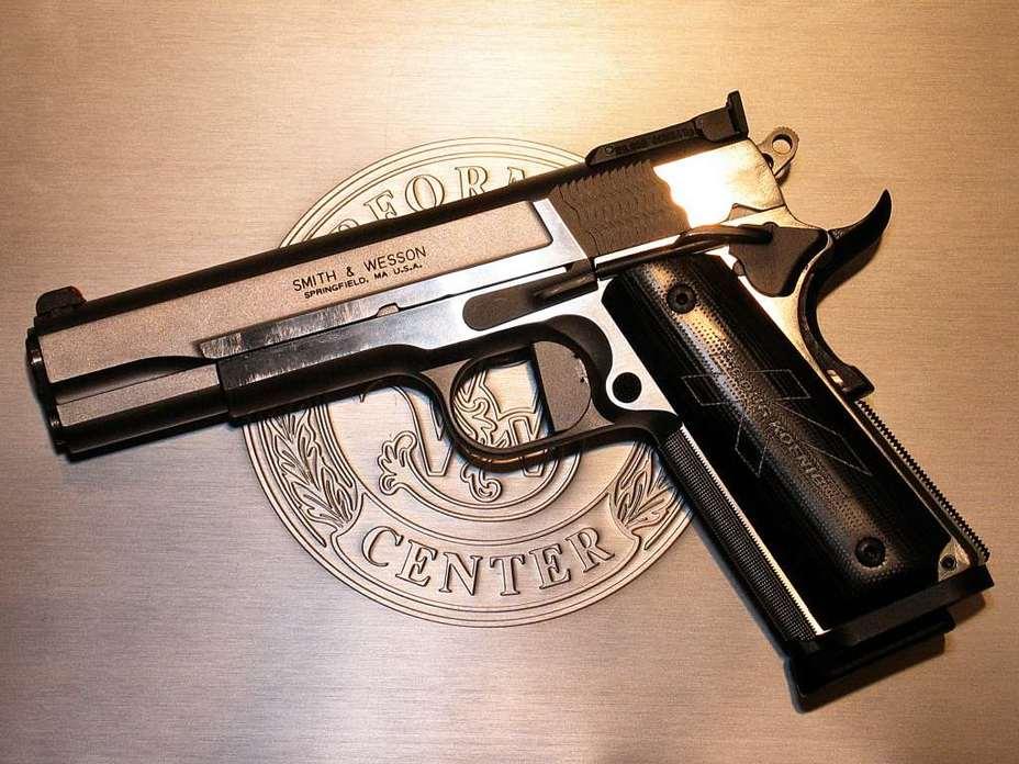 Вариант от «Смит-Вессона» в калибре .38 Super - «Кольт» M1911: нестареющая классика оружейного мира | Военно-исторический портал Warspot.ru