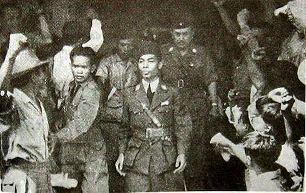 Главнокомандующий Судирман с подчинёнными, 1946 год - Рождение Индонезии: голландцы возвращаются | Военно-исторический портал Warspot.ru