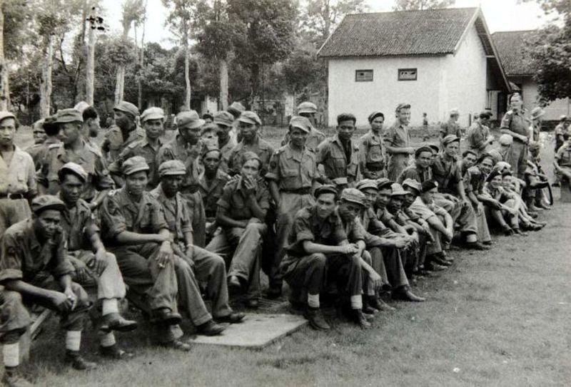 Пехотный батальон КНИА, конец 40-х годов - Рождение Индонезии: голландцы возвращаются | Военно-исторический портал Warspot.ru