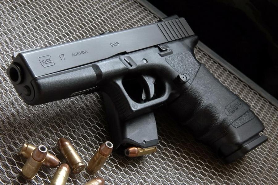Glock 17 — родоначальник всего семейства «Глоков», был разработан под патрон 9×19 мм Парабеллум - «Глок» – простой, как лопата | Военно-исторический портал Warspot.ru