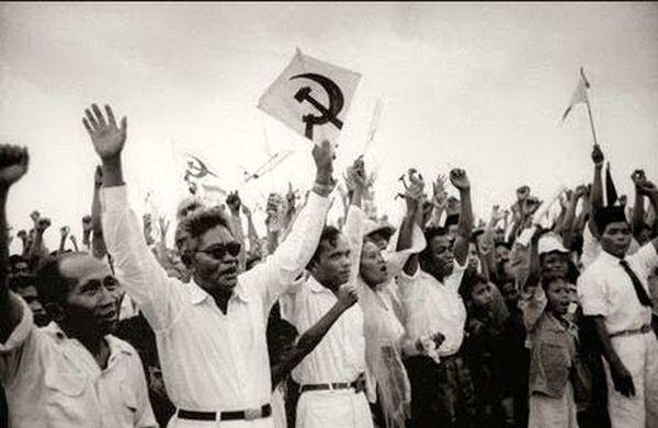 Коммунистический митинг в Индонезии, 1948 год - Рождение Индонезии: победа над федерализацией | Военно-исторический портал Warspot.ru