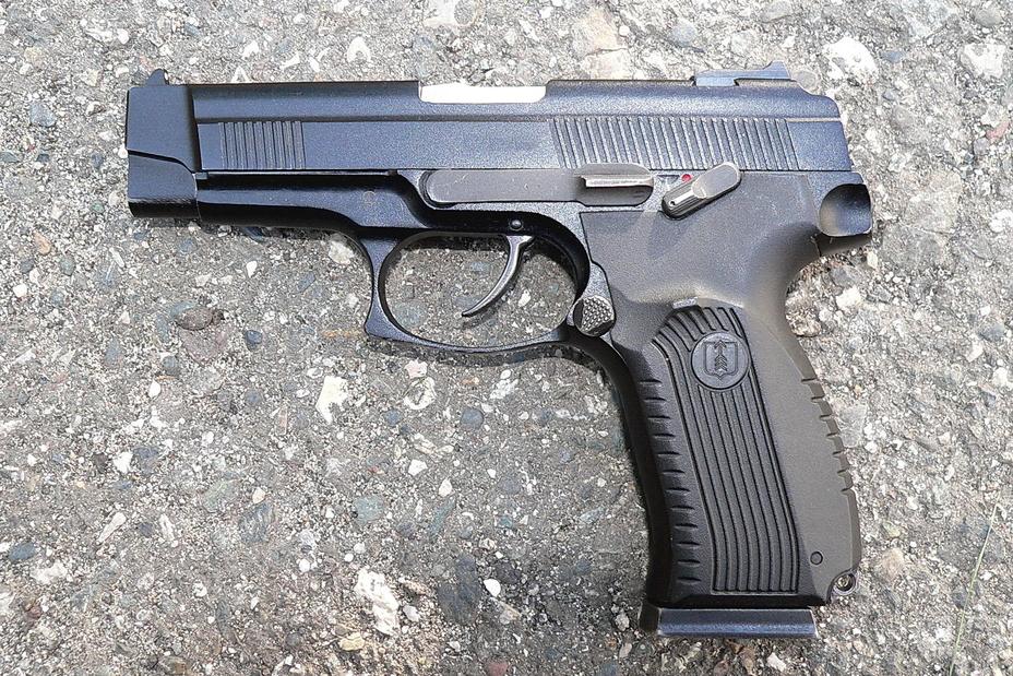 На первый взгляд, пистолет Ярыгина выглядит очень неплохо. http://k-a-r-d-e-n.livejournal.com - Первый среди «Грачей» | Военно-исторический портал Warspot.ru