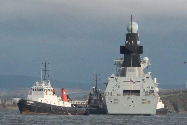 Корабли Type 45 покидали «поле боя» на буксире. heraldonline.com - Неудачи минувшего года | Военно-исторический портал Warspot.ru