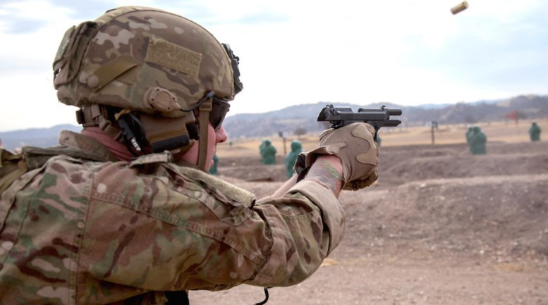 Стрельба из пистолета Beretta M9 armyrecognition.com - Американская армия меняет пистолеты | Военно-исторический портал Warspot.ru