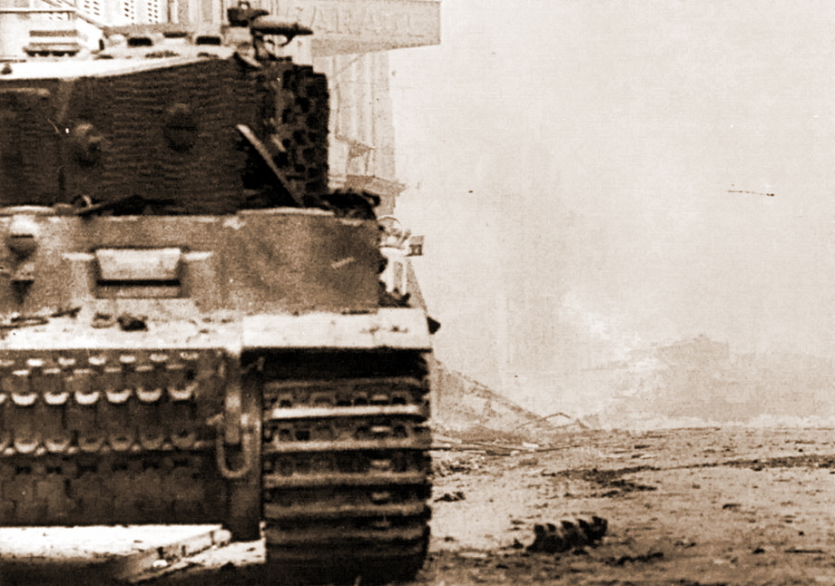 Рисунок камуфляжа на каждом «Тигре» был уникальным, поскольку наносился вручную, без каких-либо строгих предписаний. Соответственно, подобный рисунок камуфляжа был только на этом «Тигре» - «Двести двенадцатый» | Военно-исторический портал Warspot.ru