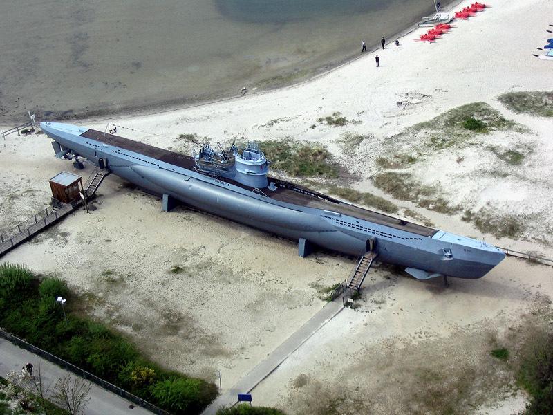 Подводная лодка U-995 типа VIIC в военно-морском мемориале в Лабё (Германия) atlasobscura.com - Подлодка кригсмарине нашлась на морском дне | Военно-исторический портал Warspot.ru