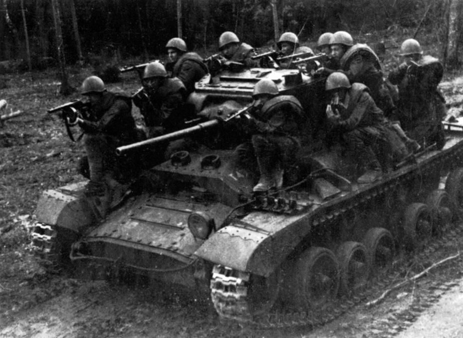 Valentine IV выпуска Elswick Works, 1944 год - Английская поддержка для советской пехоты | Военно-исторический портал Warspot.ru