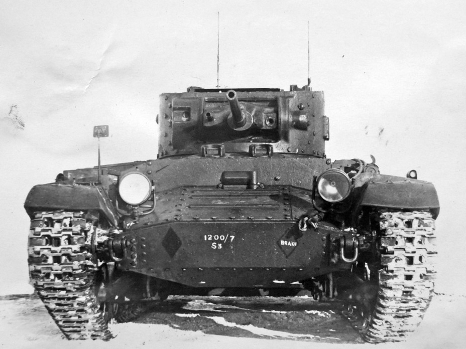 Танк сохранил полный набор технологических маркировок - Английская поддержка для советской пехоты | Военно-исторический портал Warspot.ru