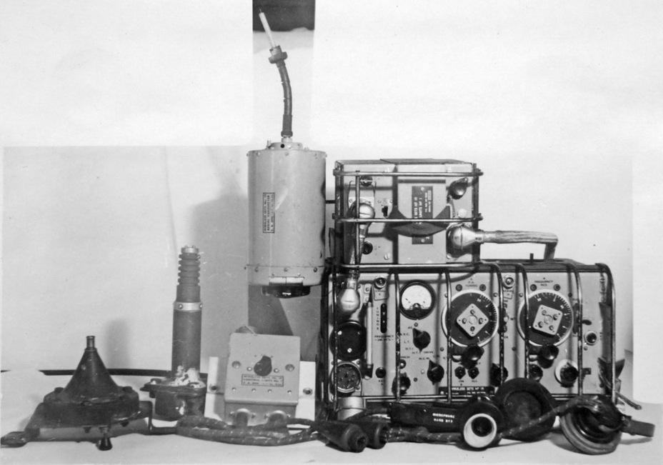 Радиостанция №19, основная английская танковая радиостанция военного периода - Английская поддержка для советской пехоты | Военно-исторический портал Warspot.ru