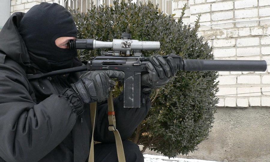 Боец спецназа со специальным малогабаритным автоматом 9А-91 http://k-a-r-d-e-n.livejournal.com - Без шума и пыли   Военно-исторический портал Warspot.ru
