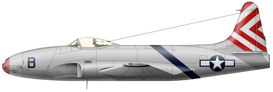 YP-80A (серийный номер 44–83029) из состава экспедиционного подразделения испытательного центра авиабазы Райт, известного на жаргоне летчиков итальянского фронта как «33-е ВВС», аэродром Лезина, район Фоджи, март-май 1945 года. Главным преимуществом реактивных истребителей была высокая скорость, и чтобы не терять её зря, поверхность обшивки предсерийных и серийных «Шутинг Старов» шпаклевалась, полировалась и окрашивалась светло-серой краской Light Grey 602, известной как «Жемчужная серая». Первое время после прибытия в Италию оба самолета сохраняли заводскую окраску, различаясь только цифрами серийного номера, но к концу марта получили фальшивые тактические обозначения. Красный нос и полосатый хвост играли роль обозначений группы, а цвет полос на фюзеляже и законцовках крыльев – эскадрильи. Ттак как номера на хвосте были закрашены, то взамен них машины получили индивидуальные кодовые буквы «А» и «В». - Цвета военного неба: «Метеоры», прилетевшие с запада | Военно-исторический портал Warspot.ru
