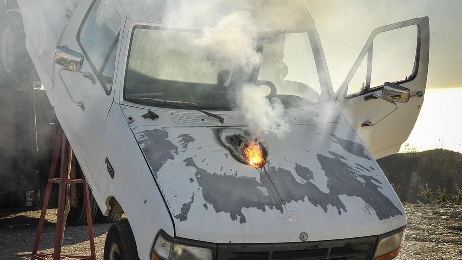 Лазер мощностью 30 кВт за несколько секунд прожег двигатель автомобиля с дистанции более 1,5 км lockheedmartin.com - Лазерный рекорд США | Военно-исторический портал Warspot.ru