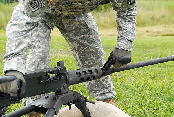 Рукоятка для быстрой замены ствола marinecorpstimes.com - Нестареющий «Браунинг» | Военно-исторический портал Warspot.ru