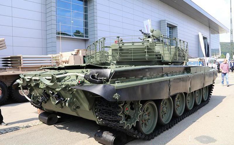 Танк Т-72 Scarab armyrecognition.com - Чехи превратили Т-72 в «Скарабея» | Военно-исторический портал Warspot.ru