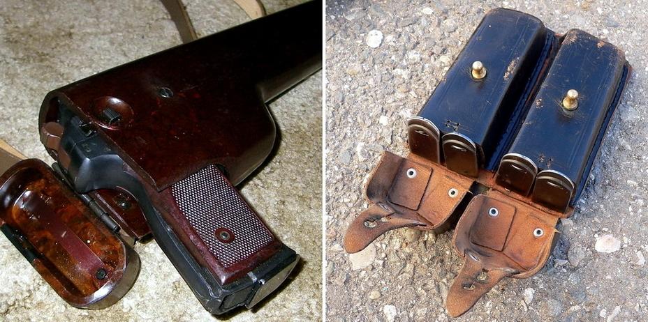 Слева: со временем деревянная кобура пистолета была заменена на более практичную бакелитовую (<a href='http://forum.guns.ru' class='bbc_url' title='Ссылка' rel='nofollow external'>http://forum.guns.ru</a>). Справа: в комплект к пистолету входят четыре запасных магазина, которые носят в поясном подсумке с двумя карманами (<a href='http://k-a-r-d-e-n.livejournal.com' class='bbc_url' title='Ссылка' rel='nofollow external'>http://k-a-r-d-e-n.livejournal.com</a>). - Удачный экспромт для спецподразделений | Военно-исторический портал Warspot.ru