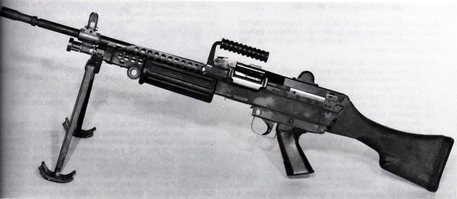 Прототип пулемета FN Minimi, предоставленный на испытания, 1974 год. - Шквальный огонь одинокого бойца | Военно-исторический портал Warspot.ru