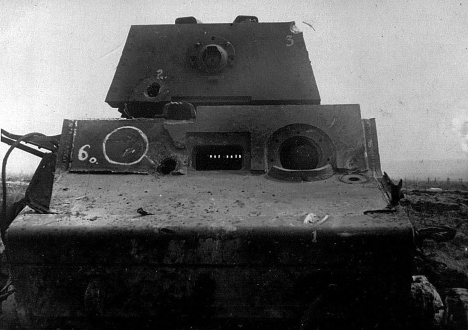 ?КВ-1 после обстрела из 88-мм пушки KwK 36 L/56 - Тяжёлый трофей   Военно-исторический портал Warspot.ru