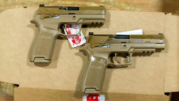 Пистолеты M18 и М17 американской армии. military.com - M17 выйдет за пределы армии | Военно-исторический портал Warspot.ru