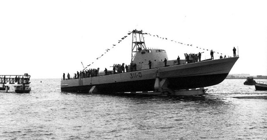 Спуск на воду первого из катеров серии, «Мивтача», апрель 1967 года. he.wikipedia.org - Угон шербурских катеров | Военно-исторический портал Warspot.ru