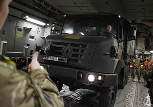 Renault Trucks Defense станет Arquus на Warspot.ru