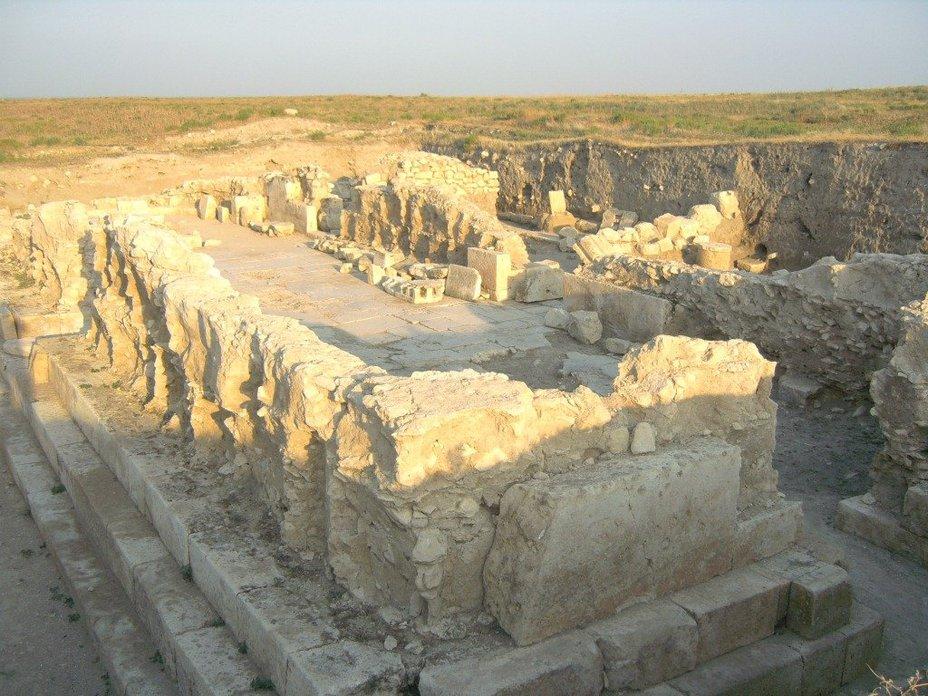 Руины города Тиграннакерта (http://nkr-news.com) - Помпей против Митридата: Римское покорение Востока   Warspot.ru