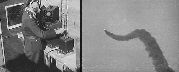 Оператор управляет ракетой «Вассерфаль». Справа – кнюппель (прообраз современного джойстика), слева — электронно-лучевая трубка