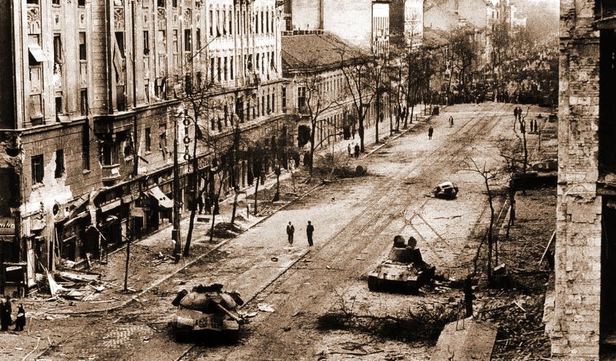  - Будапешт-1956: танки против танков | Военно-исторический портал Warspot.ru