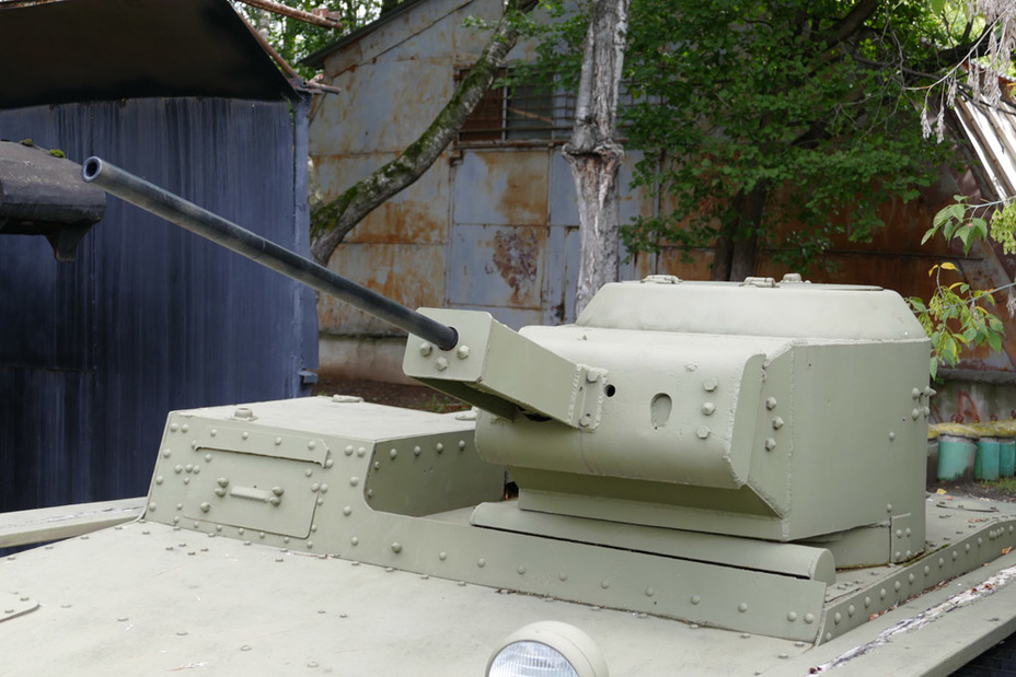 To install more powerful weapons had a little redo the bow of the tower - Metamorphoses amphibian reconnaissance    Military historical portal Warspot.ru