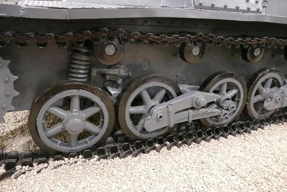 ролики и катки от бронетехники вов фото