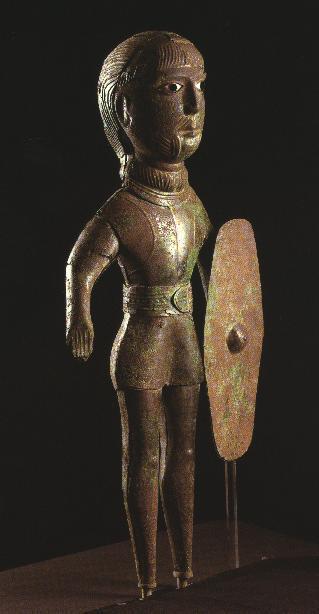Кельтский воин, бронзовая статуэтка из южной Франции, V век до н.э. - Кельты: появление на исторической арене | Warspot.ru