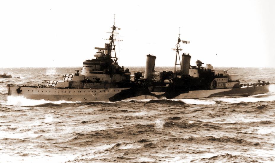 Легкий крейсер «Эдинбург» был современным кораблем, принятым в состав британского флота лишь в июне 1939 года