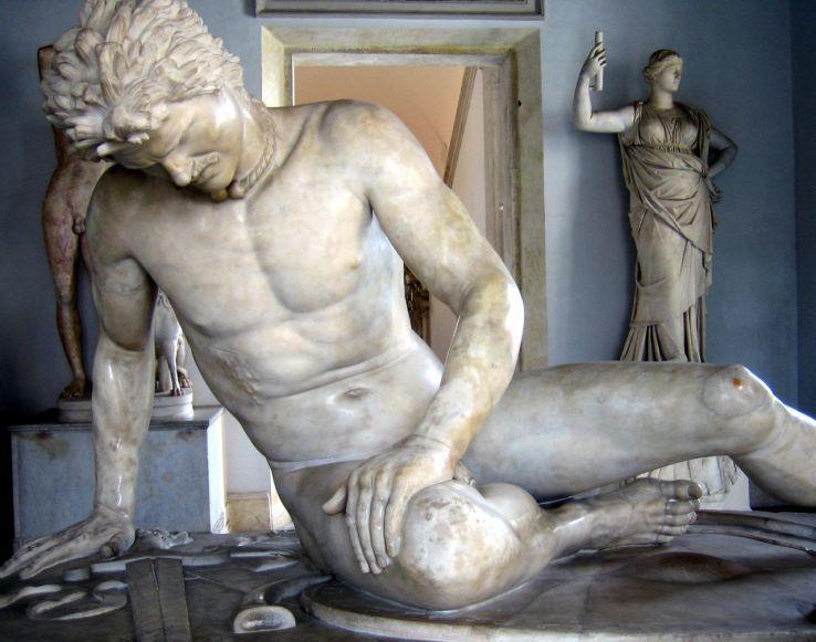 Умирающий галл. Статуя из группы, первоначально украшавшей Пергамский алтарь. Капитолийский музей, Рим - Битвы кельтов: интерактивный спецпроект Warspot | Warspot.ru