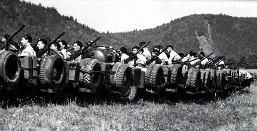 Парад, посвящённый роспуску «Частной армии Попского», сентябрь 1945 года, Австрия