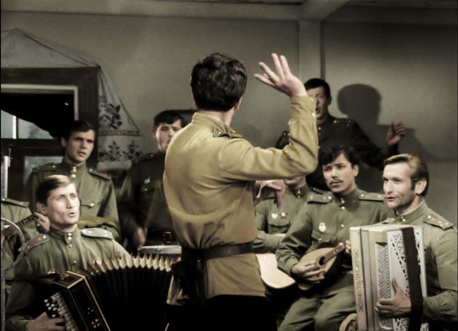 Быков может лепить из аудитории что угодно с помощью одного лишь звука — это полный контроль над зрительскими эмоциями - Warspot про кино: симфония жизни от Леонида Быкова | Warspot.ru