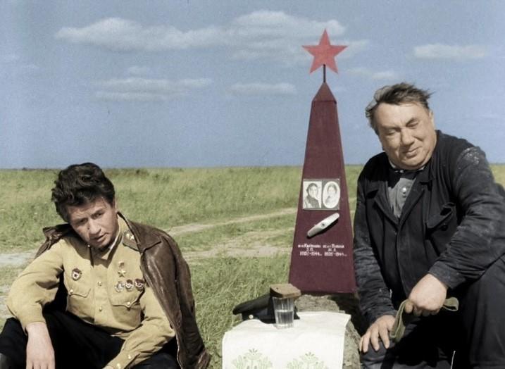 Симфония жизни от Леонида Быкова очень, Быков, время, может, Быкова, «Стариков», «старики», фильма, съёмок, режиссёр, войне, Леонид, несколько, человека, звука, который, настроение, которым, зрительского, выглядит