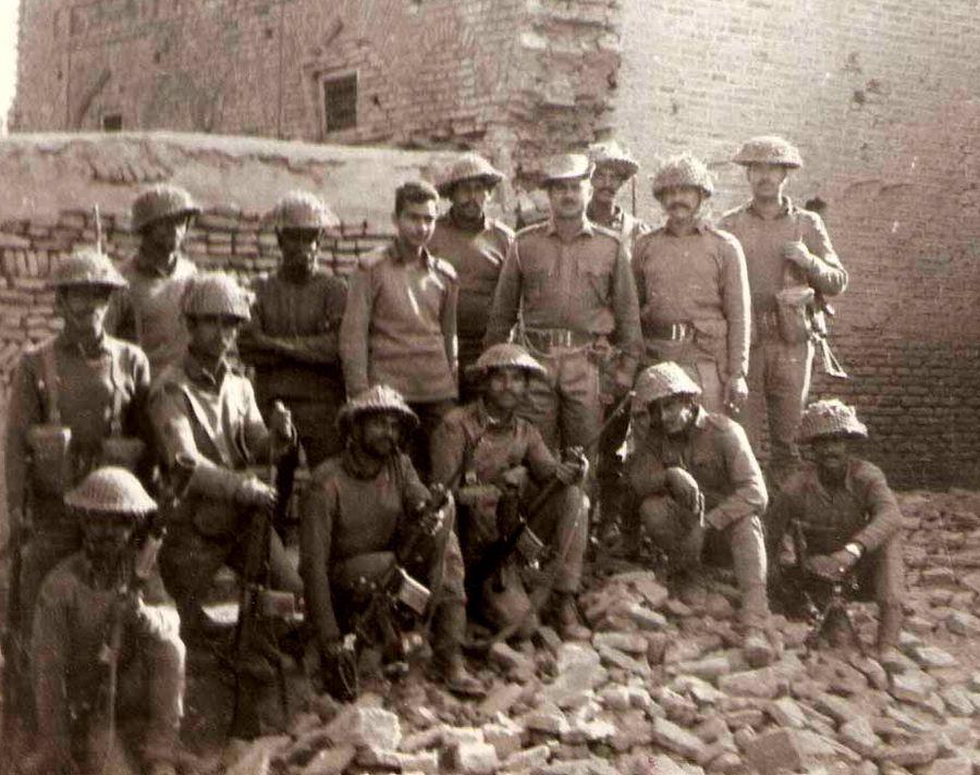 Группа бойцов 3-го батальона Мадрасского полка во время индо-пакистанской войны 1971 года