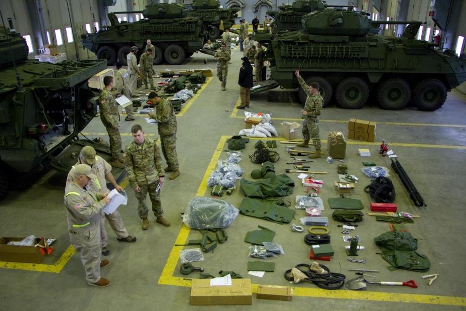 «Страйкеры» с пушками 2-го кавалерийского полка армии США. defence-blog.com - «Страйкеры» с пушками уже в Европе | Warspot.ru