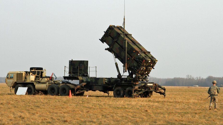 https://warspot-asset.s3.amazonaws.com/articles/pictures/000/054/361/content/patriot-missile-launcher-poland-de92f900c9cc48cd24e210a18cd51626-cca6f8ce18d214c59570e94b7d7b9afe.jpg