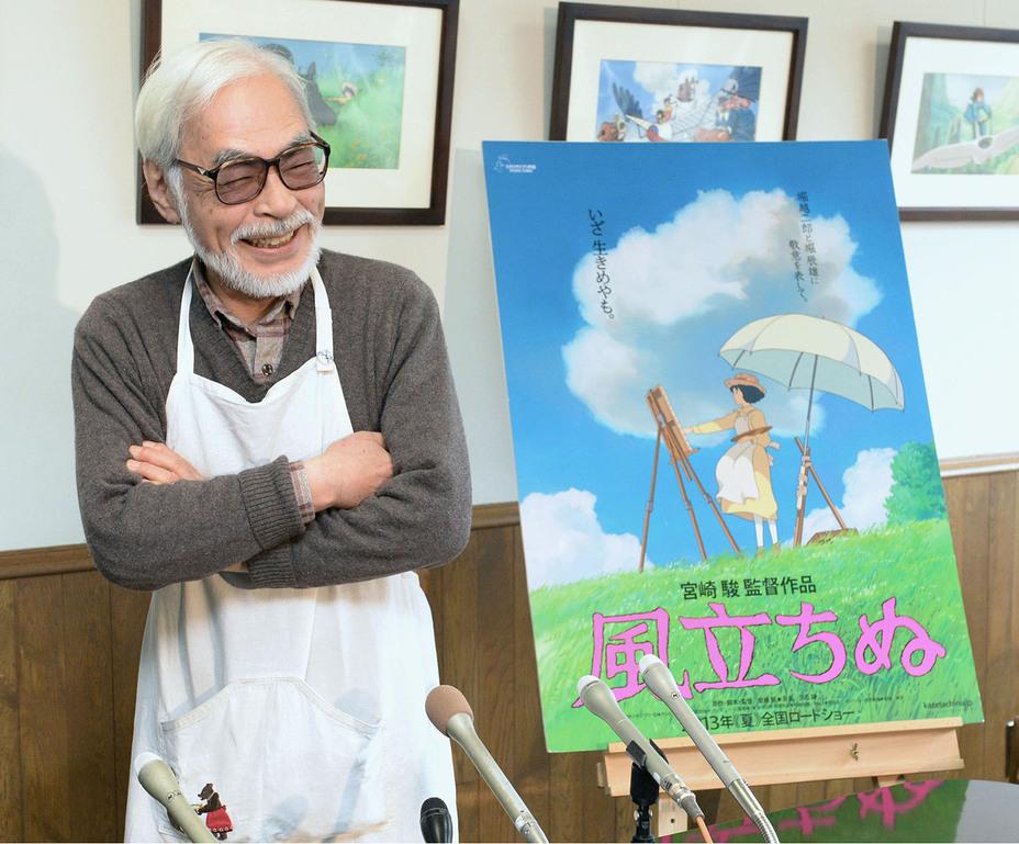 Хаяо Миядзаки во время работы над фильмом «Ветер крепчает». mirf.ru
